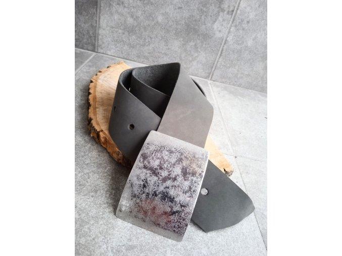 Kožený pásek šedý