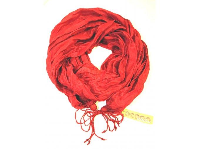 Hedvábný šál jasně červený