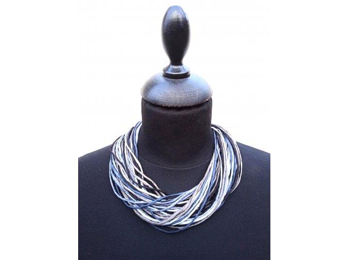 Hedvábný náhrdelník šedočerný