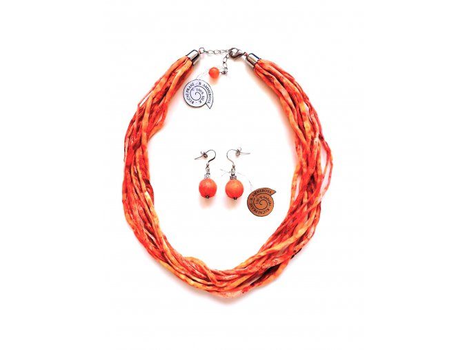 Hedvábný náhrdelník v oranžových tónech
