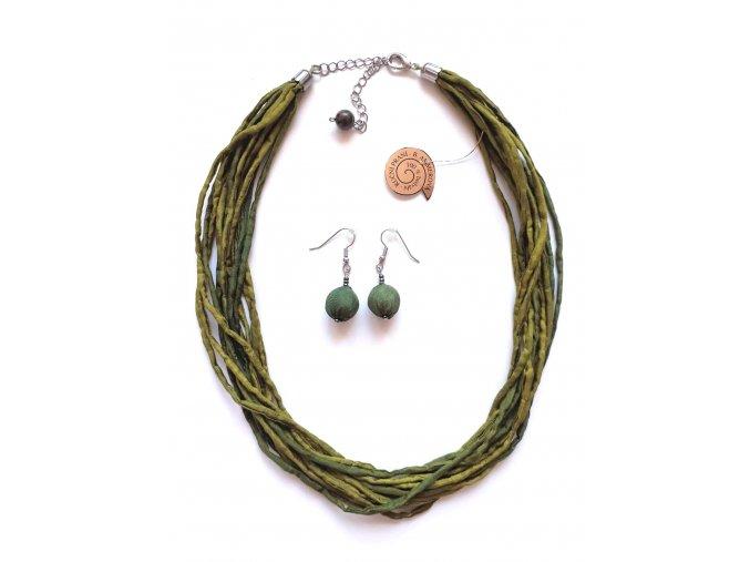 Hedvábný šňůrkový náhrdelník