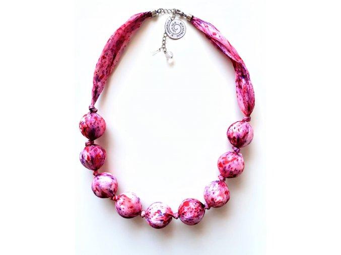 Růžový náhrdelník z větších kuliček