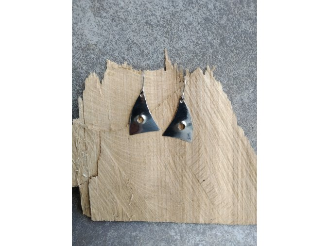Nerezové trojúhelníkové náušnice