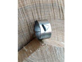Nerezový prsten s trojůhelníkem