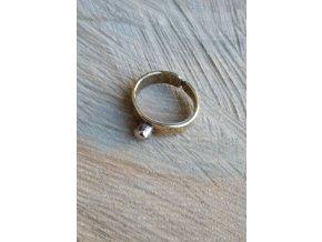 Mosazný prsten
