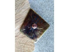Mosazná brož s měděným středem