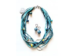 Hedvábný náhrdelník v petrolejových tónech