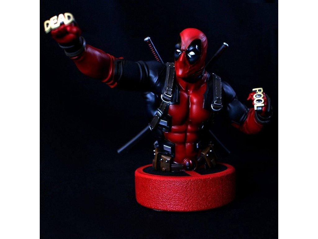Marvel soška - Deadpool 16 cm