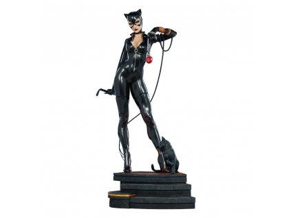 DC Comics Premium Format figurka Catwoman (1)