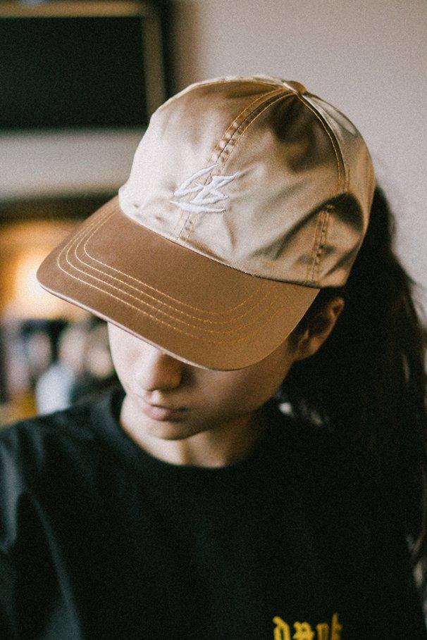 CAP GB GOLD VELVET