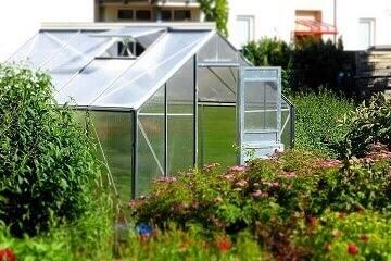 Použití hydrogelu při přípravě půdy ve skleníku