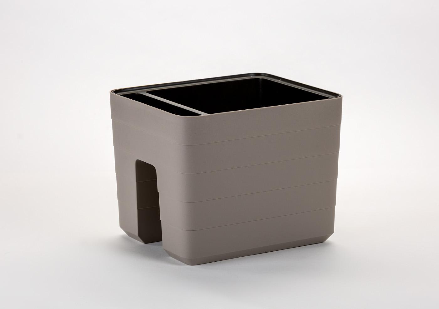 Samozavlažovací truhlík na zábradlí Berberis 30x26 cm, béžová