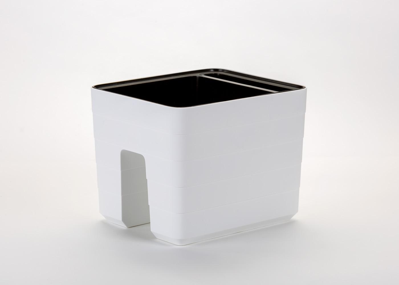 Samozavlažovací truhlík na zábradlí Berberis 30x26 cm, bílá