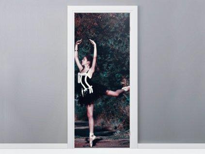 Öntapadó ajtómatrica Gyönyörű balettáncosnő feketében 95x205cm  + Ajándék