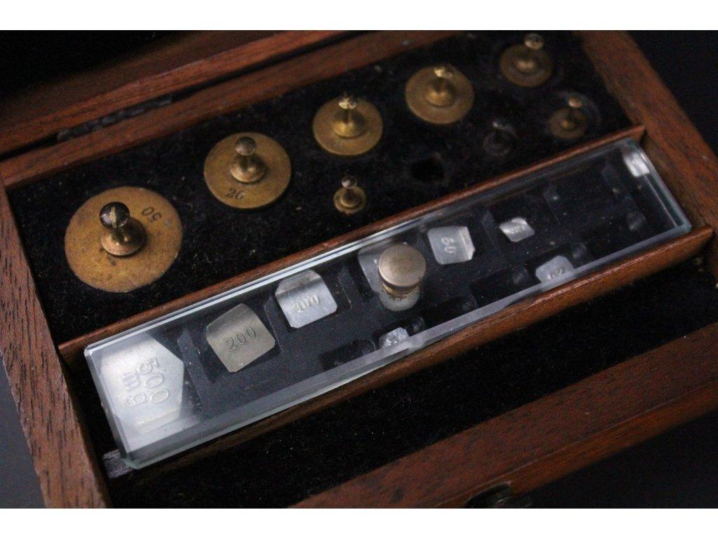 Závažíčka zlacené x584 4