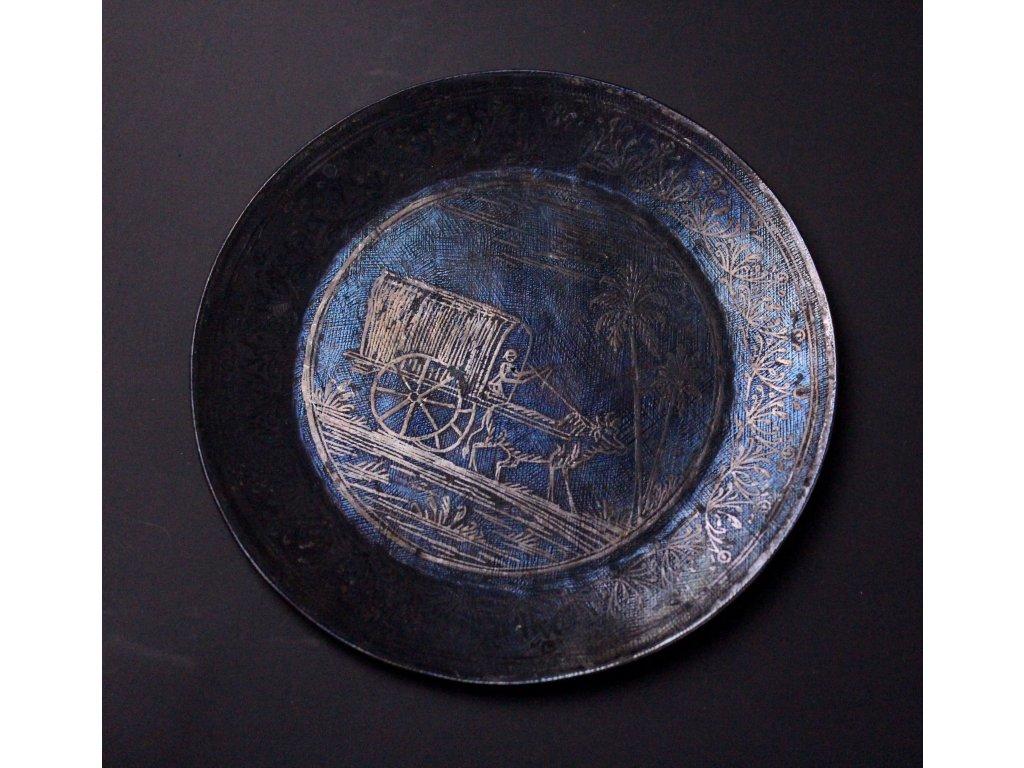 Plechový talířek s lidovým motivem x586 1
