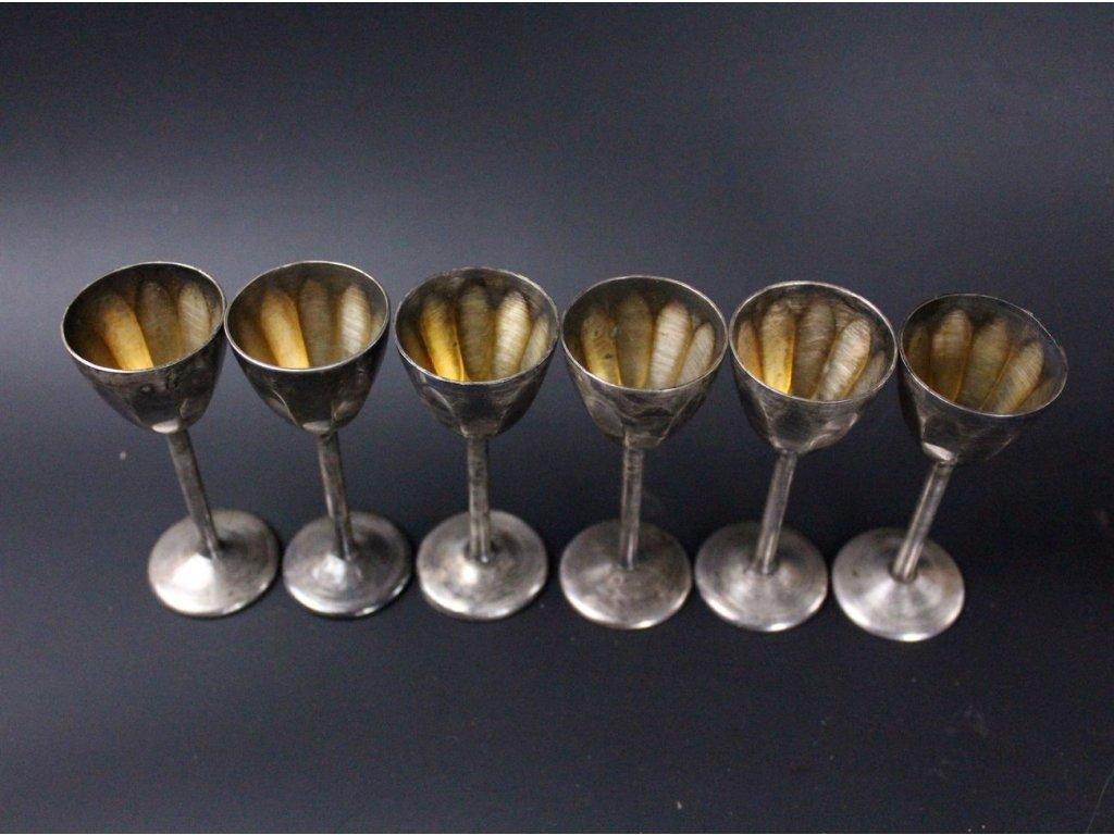 Kovové kalíšky 6 kusů x587 2