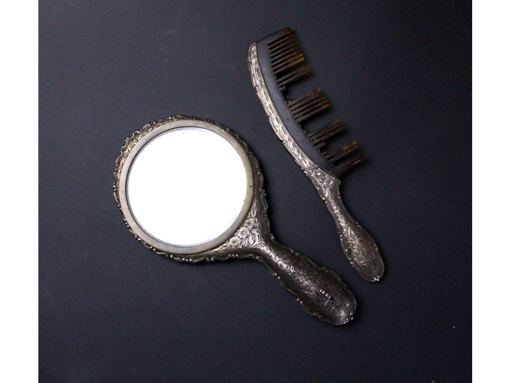 Starožitný stříbrný hřebe se zrcátkem a rťěnkou x589 2