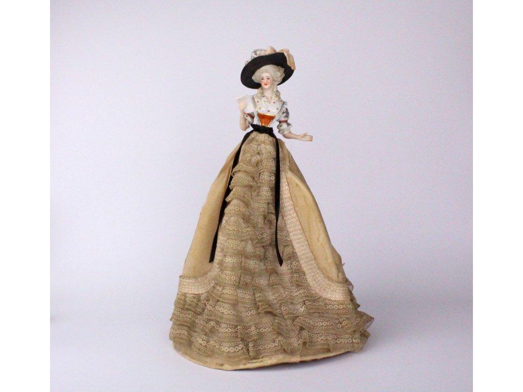 Čajová panenka soška porcelán x690 9