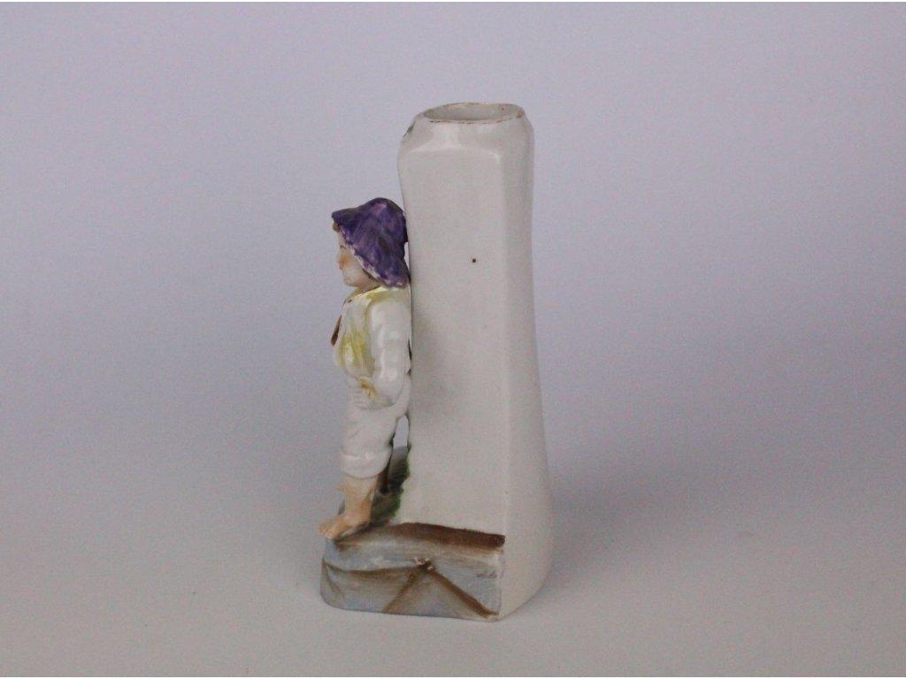 Porcelánová vázička s chlapcem x700 3 1
