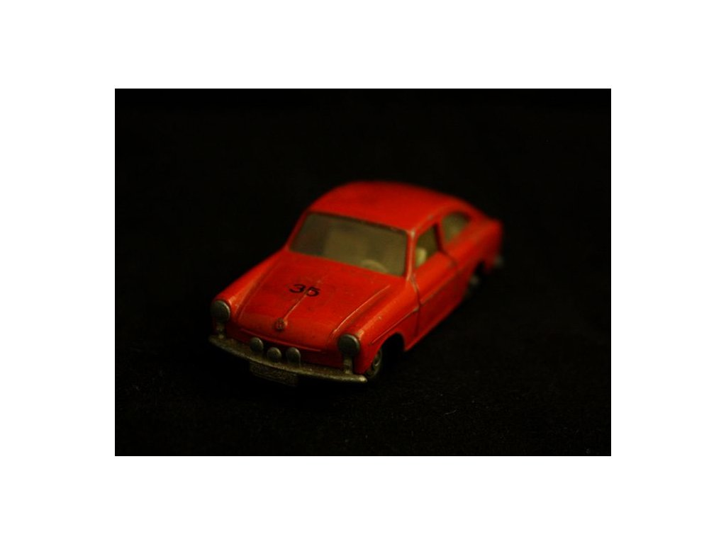 volkswagen 1600 TL matchbox červený 7