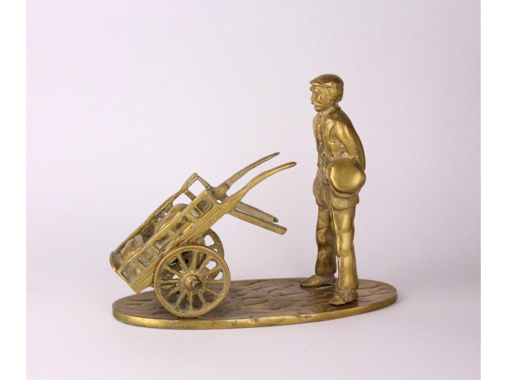 Sousoší kupec s vozíkem mosaz x841 4