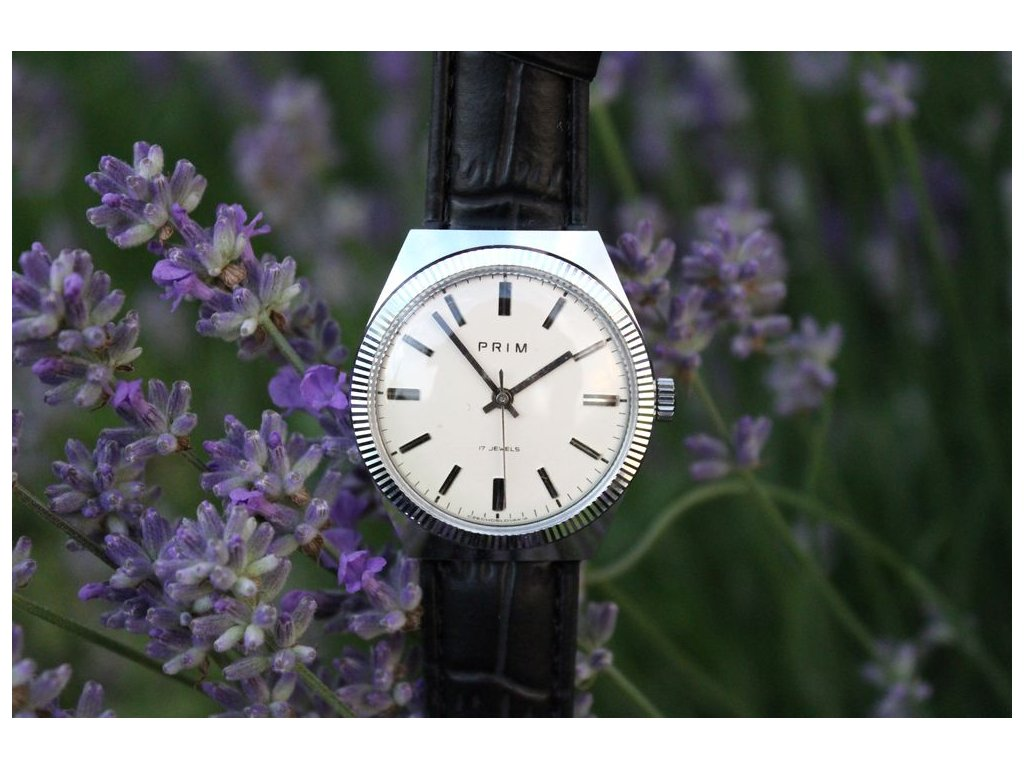 Nádherné hodinky Prim Chrom
