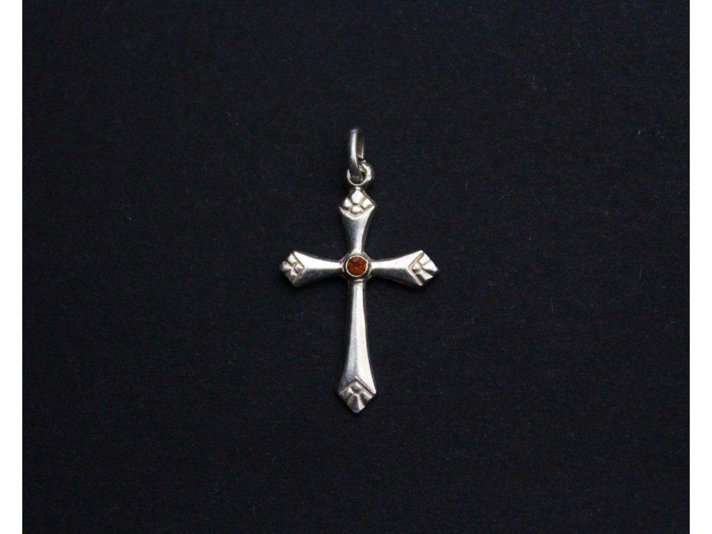 Stříbrný přívěšek křížek s červeným kamínkem x1163 (5)