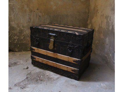 Starožitný kufr truhla bedna TAYLOR Trunk CHICAGO & NEW YORK