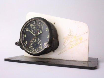 Letecké palubní hodiny z L29 Delfín x1354(6)