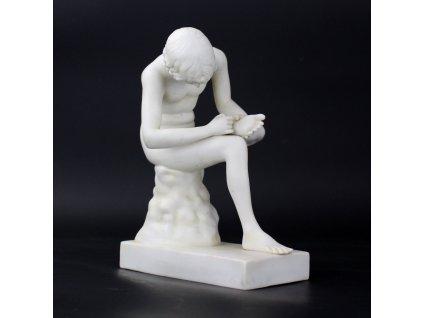 Soška porcelánová Spinario SCHEIBE