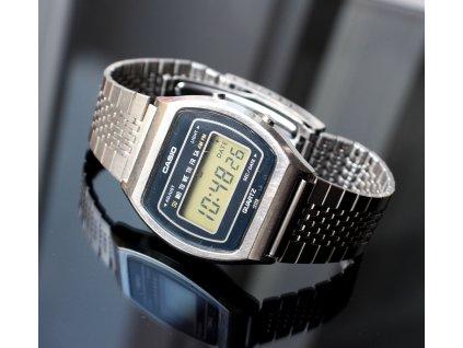 Digitální hodinky CASIO 54QS 15 JAPAN (3)