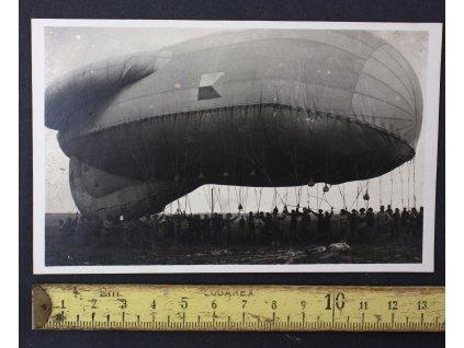 Pohlednice proti bombardovací balón Milovice