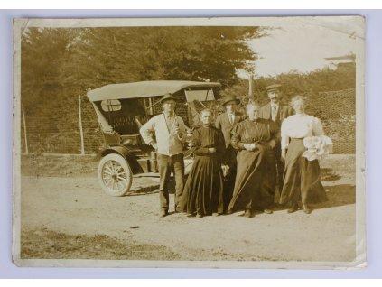 Starožitná fotografie auto