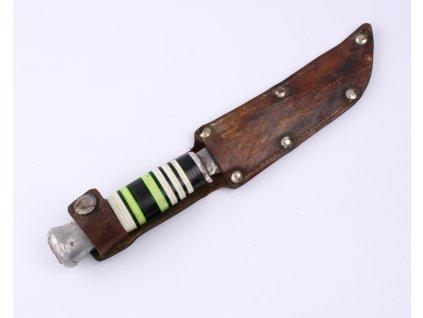 Starý nůž s pouzdrem