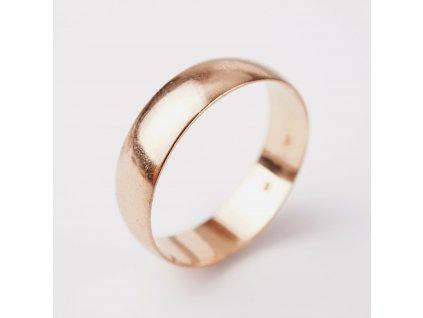Zlatý snubní prsten v65