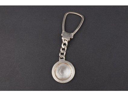 stříbrný přívěsek klíčenka