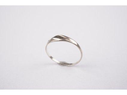 Stříbrný prsten 52,5