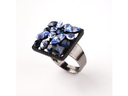 Bižuterní prstýnek modré kamínky