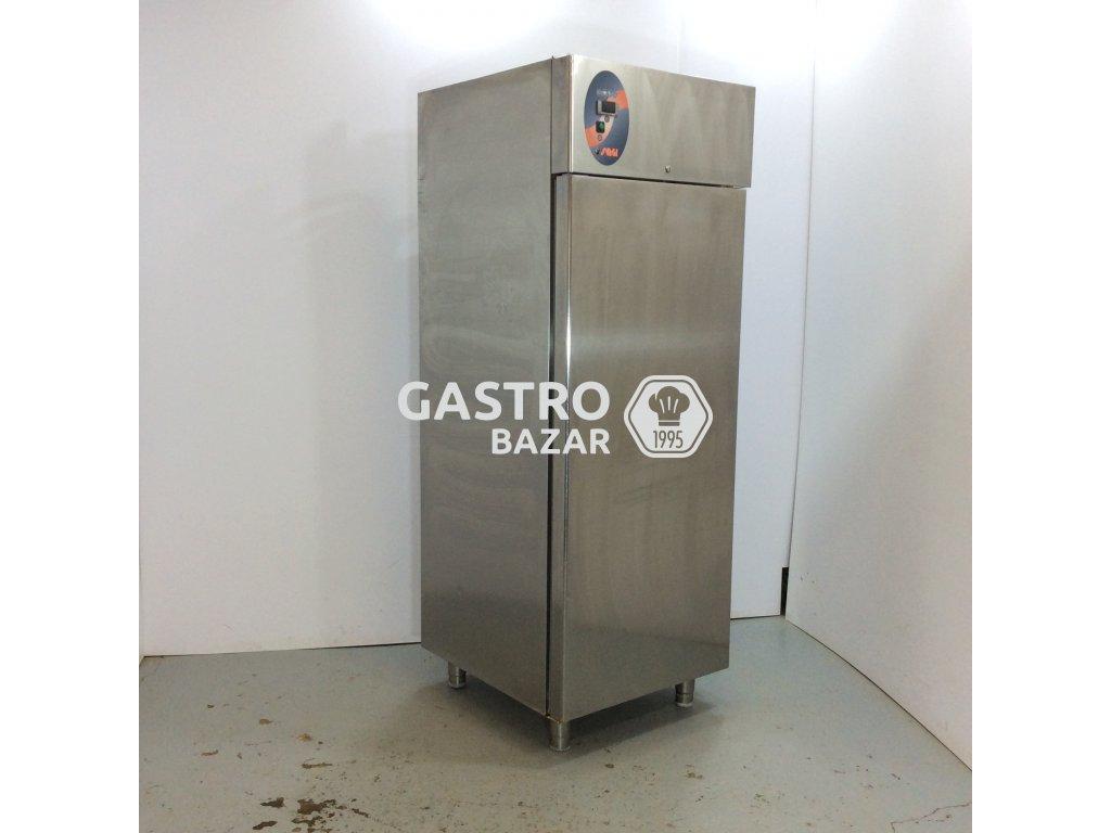 Nerezová lednice na přepravky 204x80x75cm