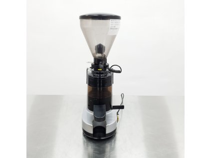 Mlýnek na kávu Fiamma