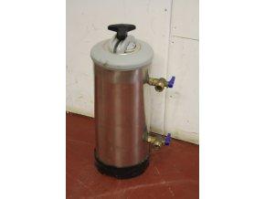 Změkčovač vody  dvoukohoutový LT 08