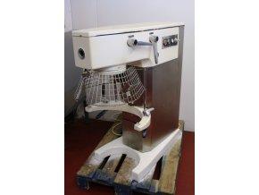 Robot ALBA Hořovice RE 22 s příslušenstvím