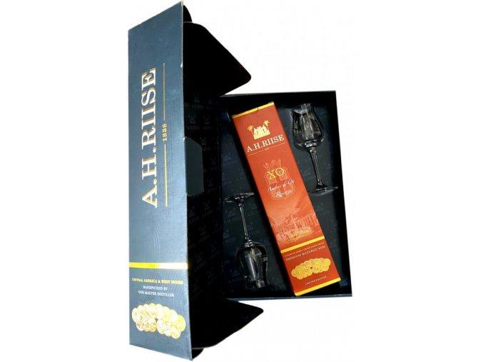 A. H. Riise XO Ambre dOR Reseve 42% 0,7l (dárkové balení 2 skleničky)