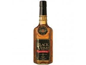 Black Velvet 8 YO Reserva 0,7 l