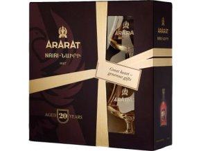 Brandy Ararat Nairi 20 letá 0,7 l se skleničkami