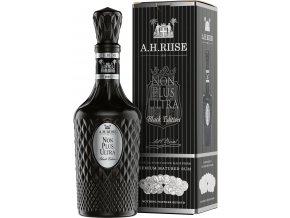 A H Riise Non Plus Ultra Black Edition