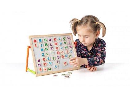 Magnetická tabulka s ABC na stůl
