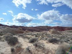 Vlhkost v pouštních oblasech je extrémně nízká. Zdroj: pixabay.com