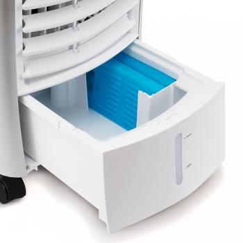 det-ochlazovac-vzduchu-PAE-25-ledove-bloky-umisteni-v-nadrzi